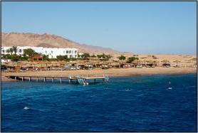 Egyptské letovisko Dahab a jedna z pláží