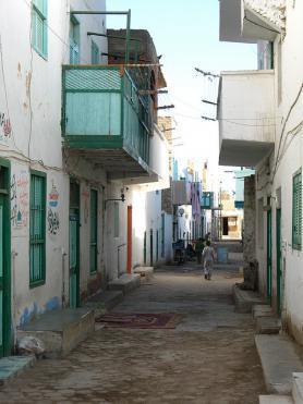 Jedna z ulic staré části města El Quseir