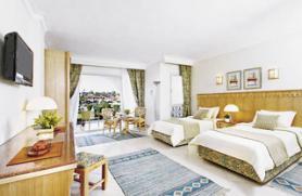 Jeden z pokojů v hotelu Dana Beach Resort