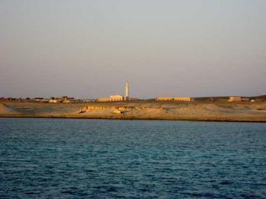 Pobřeží letoviska Hamata