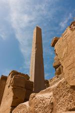 Chrám v Luxor - jeden z obelisků